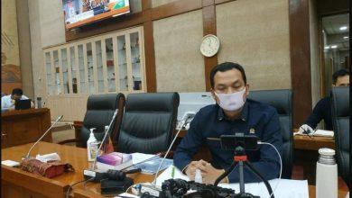 Photo of Siantar Terima Bantuan APD dari Martin Manurung