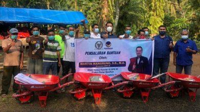 Photo of Reses Pertama 2021, Martin Manurung Salurkan Bantuan Total Rp 2,8 Miliar